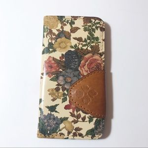 Patricia Nash Leather iPhone 7 Cover Card Slots